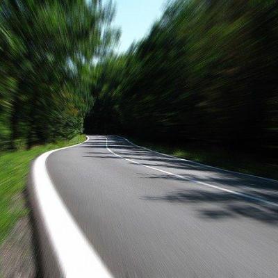 Route de Gironde près de Bordeaux - 33